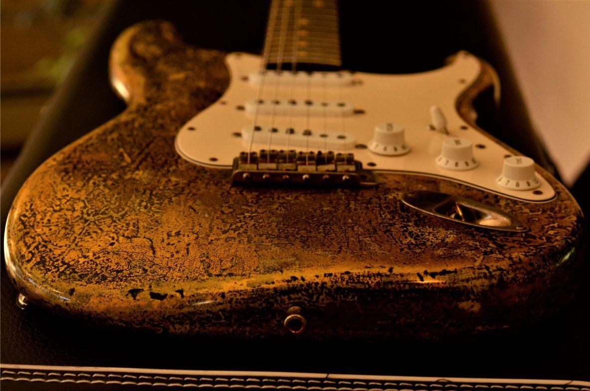 Fender Strat Custom Gold Leaf Guitar