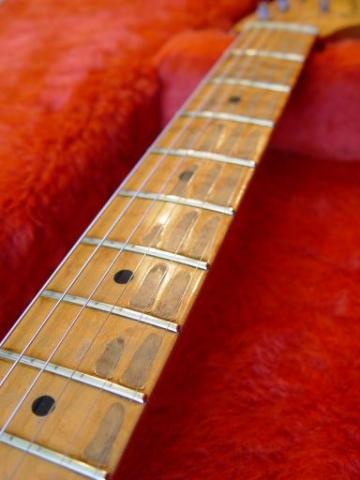 Maple Neck Fender Custom Shop Relic Stratocaster