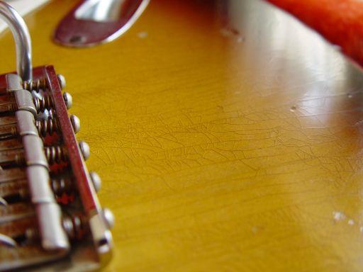 Lacquer Checking Fender Custom Shop Relic Stratocaster