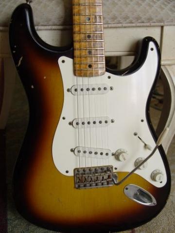 1999 Sunburst Fender Custom Shop Relic Stratocaster