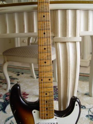 Birdseye Maple Neck Fender Custom Shop Relic Stratocaster
