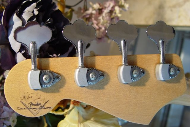 Fender Jazz Bass Custom Shop Logo Masterbuilt Neck Headstock Tuners