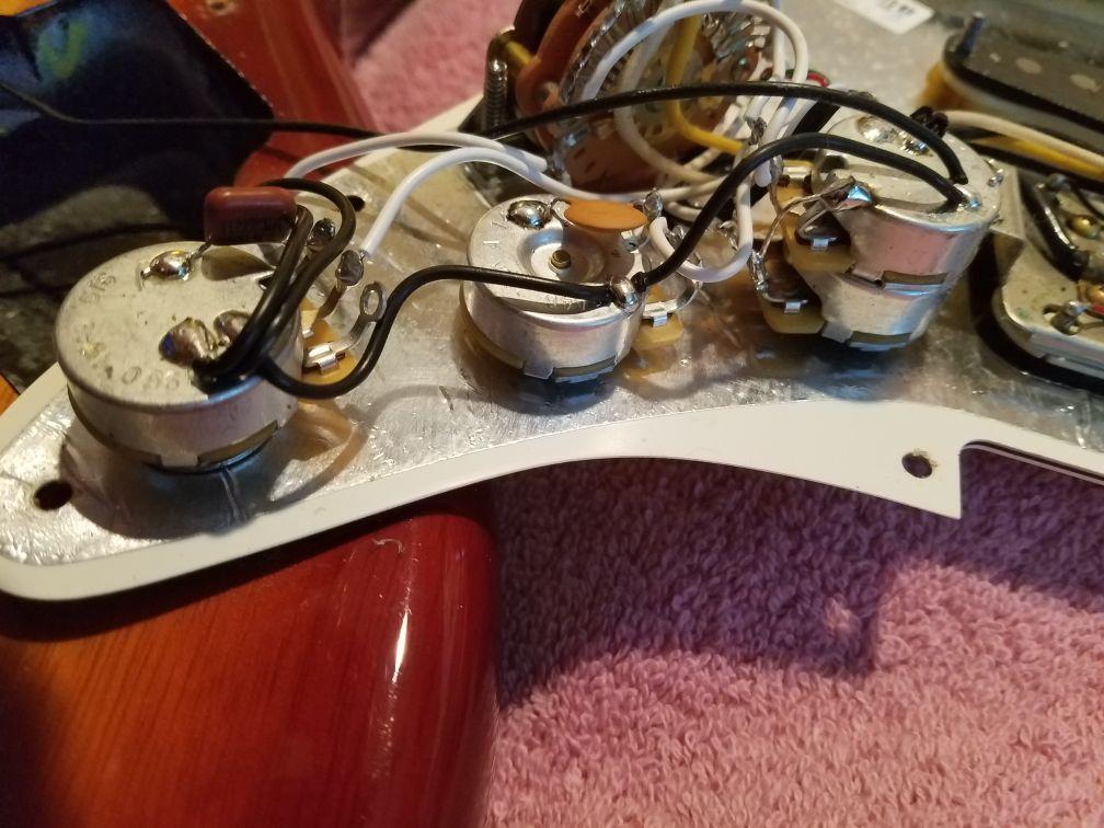 Pickguard Fender American SSH Shawbucker Stratocaster
