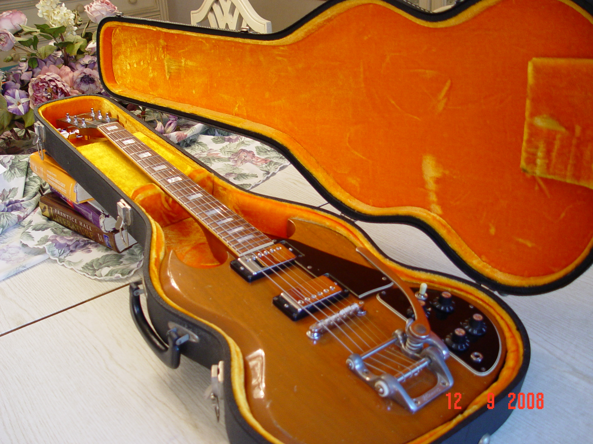 1978 Gibson SG Deluxe Bigsby in Case