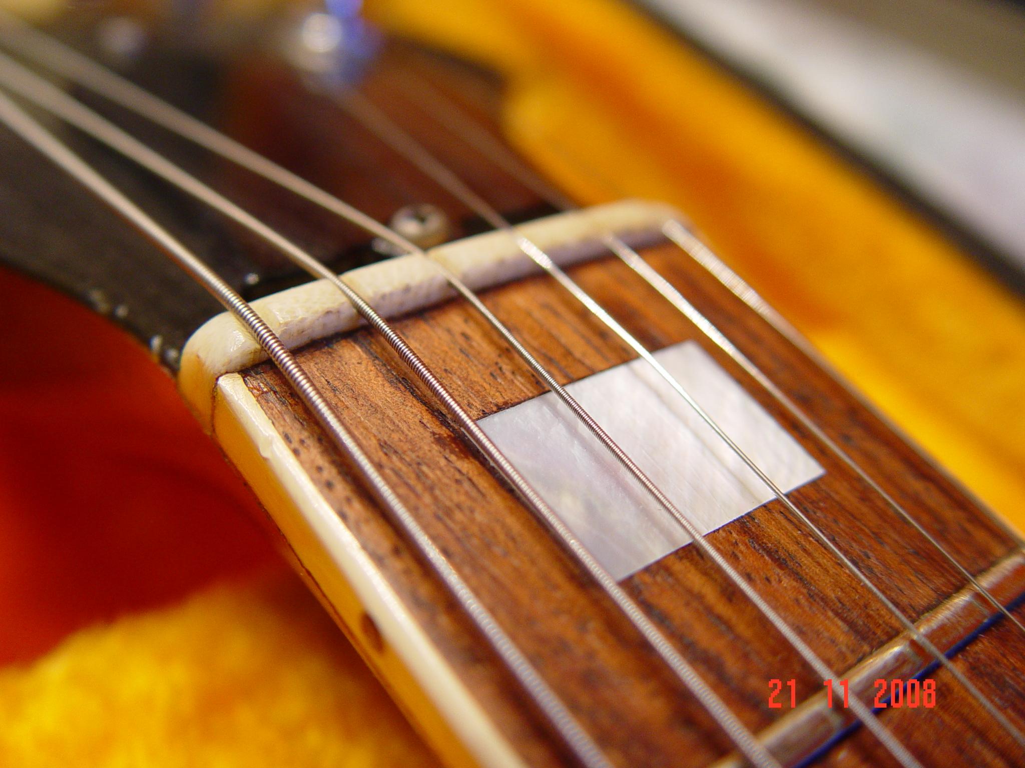 Nut Fretless Wonder Vintage Gibson SG Deluxe