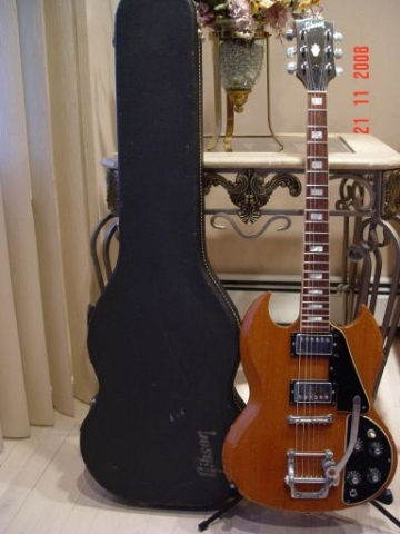 Vintage Gibson SG Deluxe Bigsby and Case