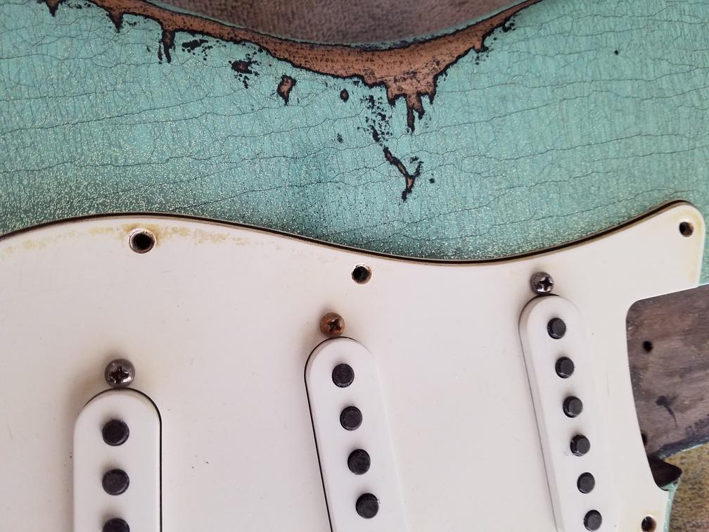 Wear pattern Fender Custom Strat heavy relic sea foam green