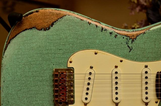 Fender Strat heavy relic sea foam green