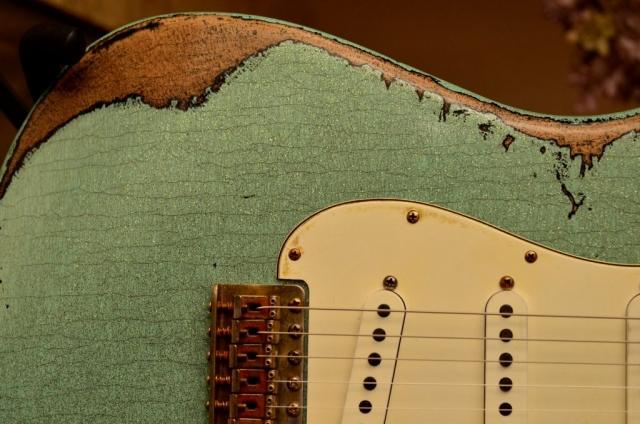 Fender Custom Strat heavy relic sea foam green wear