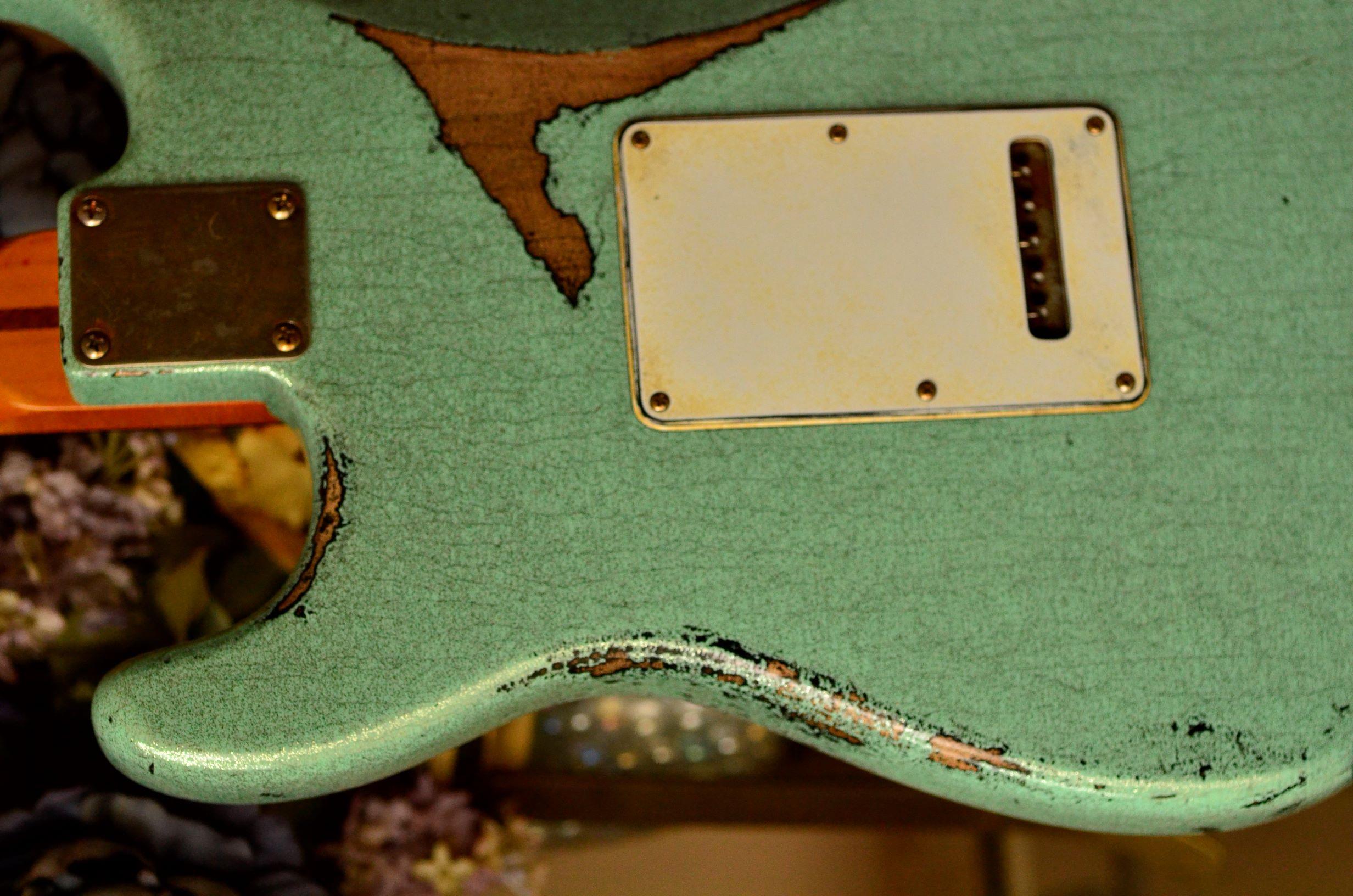 neck plate Fender Custom Strat heavy relic sea foam green