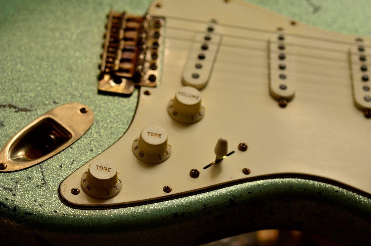 Metal Flake .008 Fender Custom Strat heavy relic sea foam green