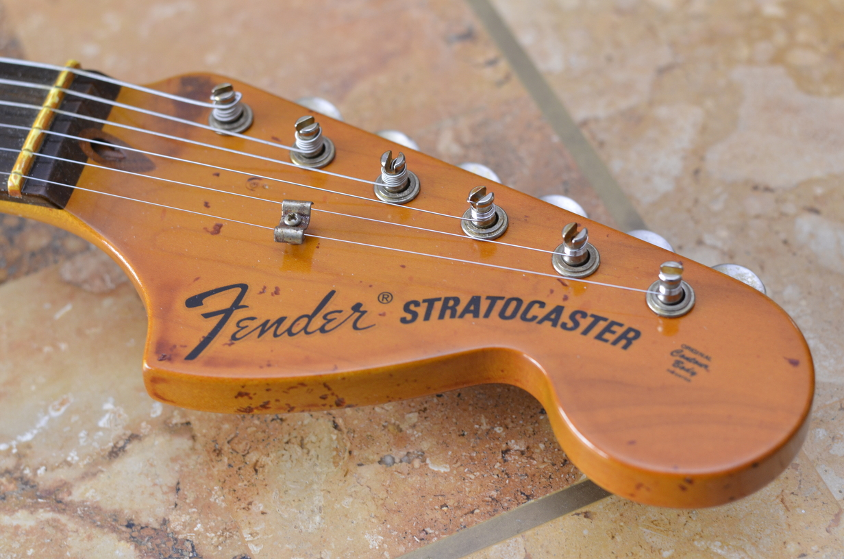 Aged headstock big large American Fender Stratocaster