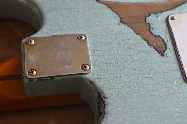Aged relic neck plate Fender Custom Strat heavy relic sea foam green