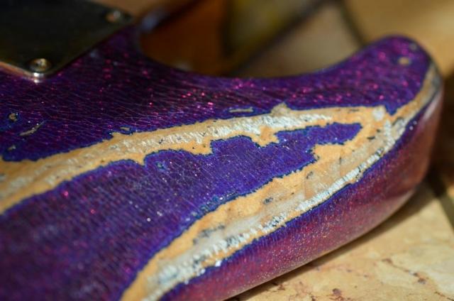 Checking Custom Fender American Stratocaster Magenta Sparkle Heavy Relic