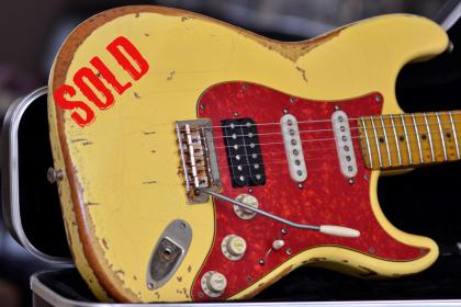 Fender Relic Stratocaster Aged White