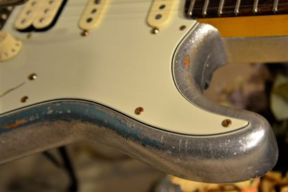 Fender Silver Sparkle Stratocaster Relic Metal Flake