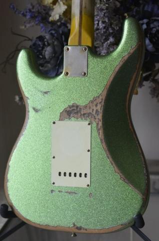 Buckle Rash Fender Stratocaster Heavy Relic Lime Green