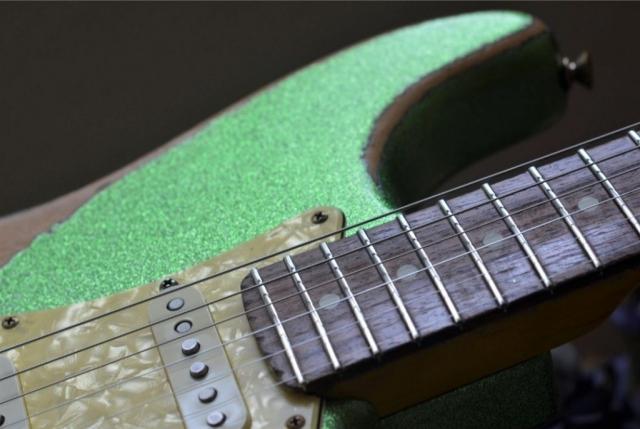 Fender Stratocaster Heavy Relic Lime Green Flake Sparkle