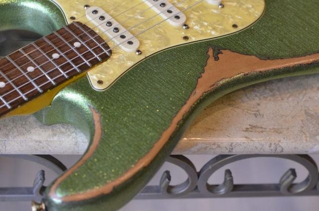 Fender Stratocaster Heavy Relic Sparkle Finish Checking