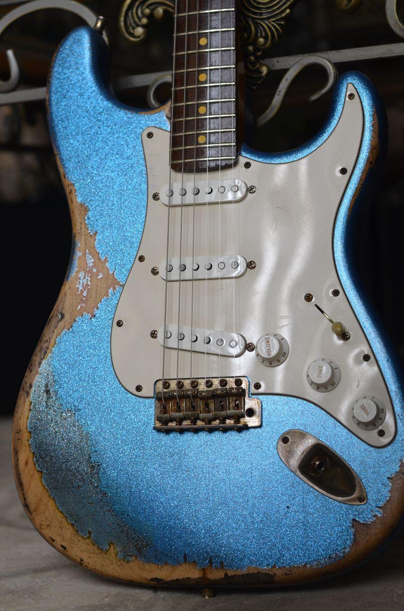 Fender Sparkle Metal Flake Stratocaster