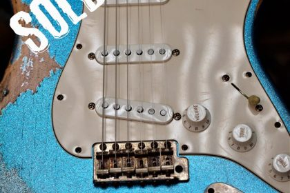Fender Custom Sparkle Relic