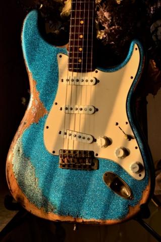 Fender Strat Custom Heavy Relic Sparkle Blue