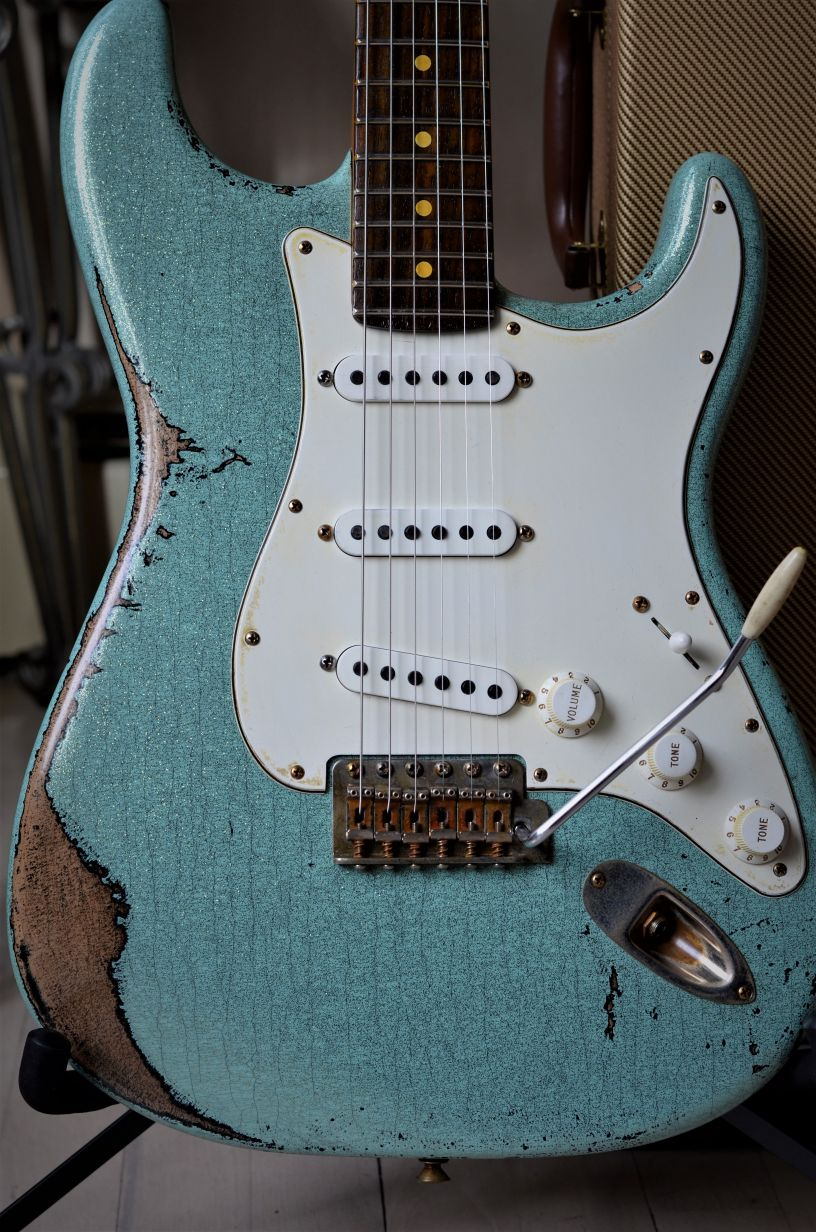 Fender Stratocaster Relic Sea Foam Green Sparkle