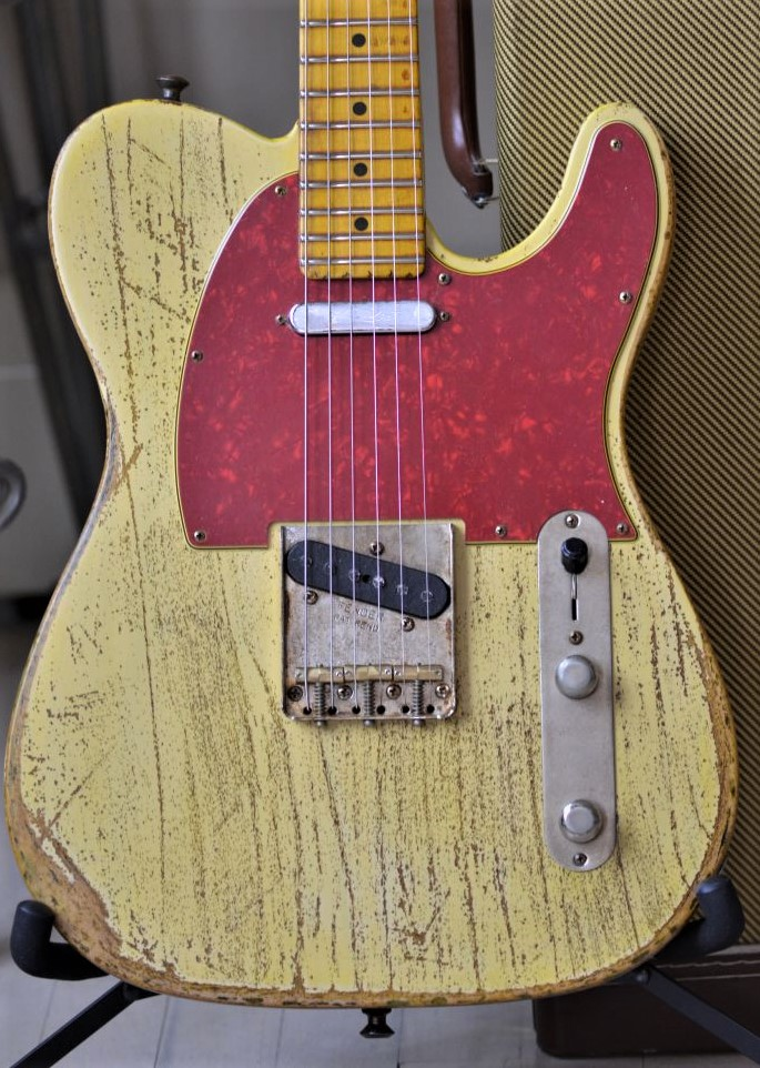 Fender-American-Special-Telecaster-Heavy-Relic