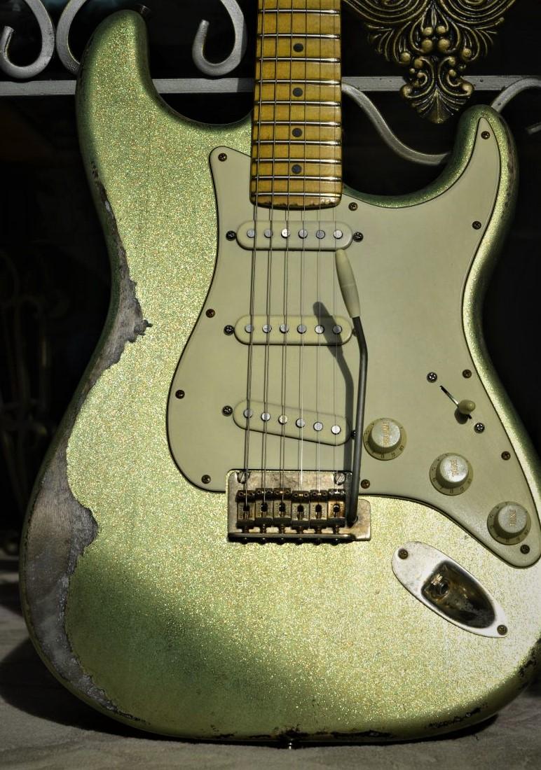 Custom Fender Stratocaster Relic Green Sparkle