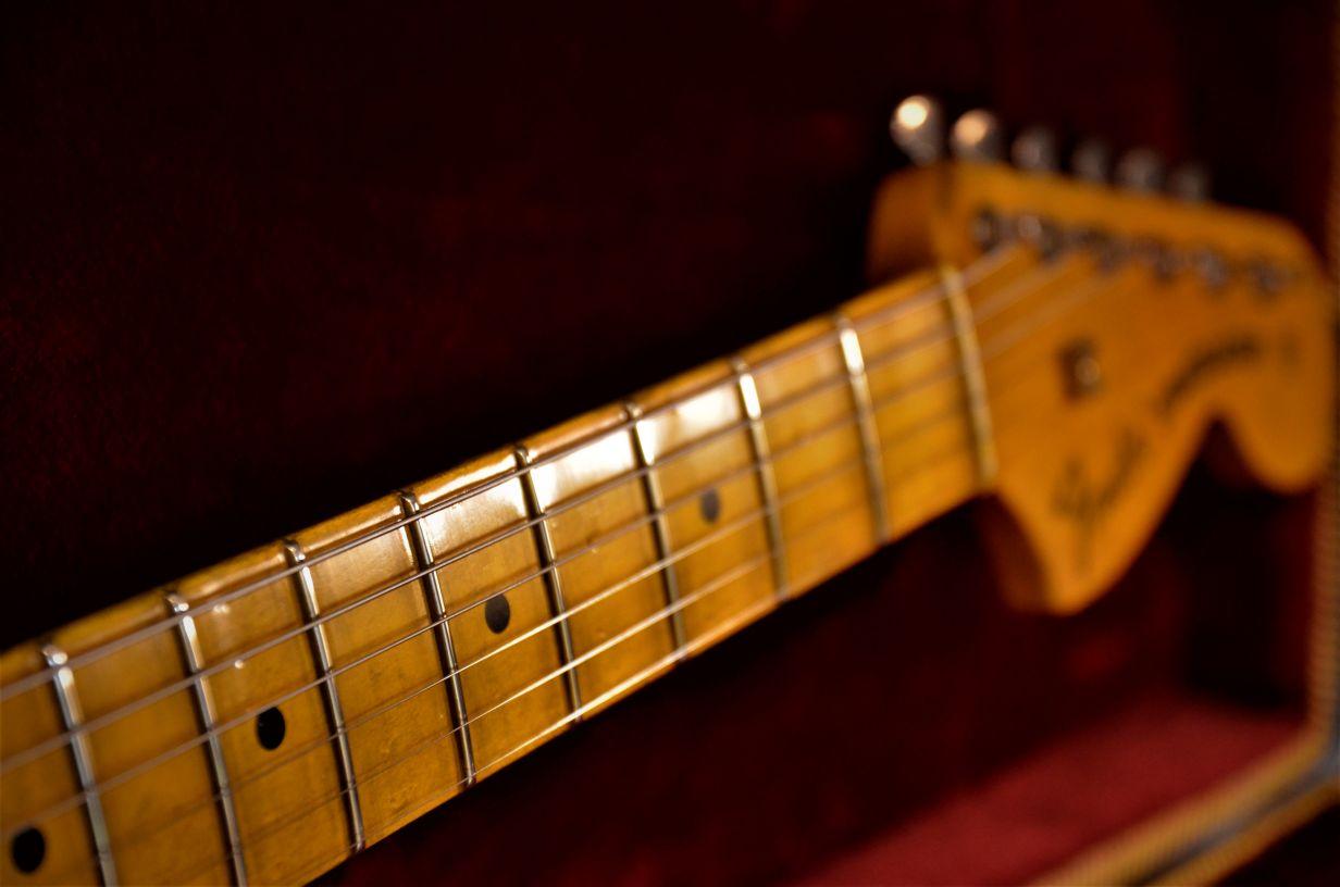 Fender Stratocaster Maple Neck Aged