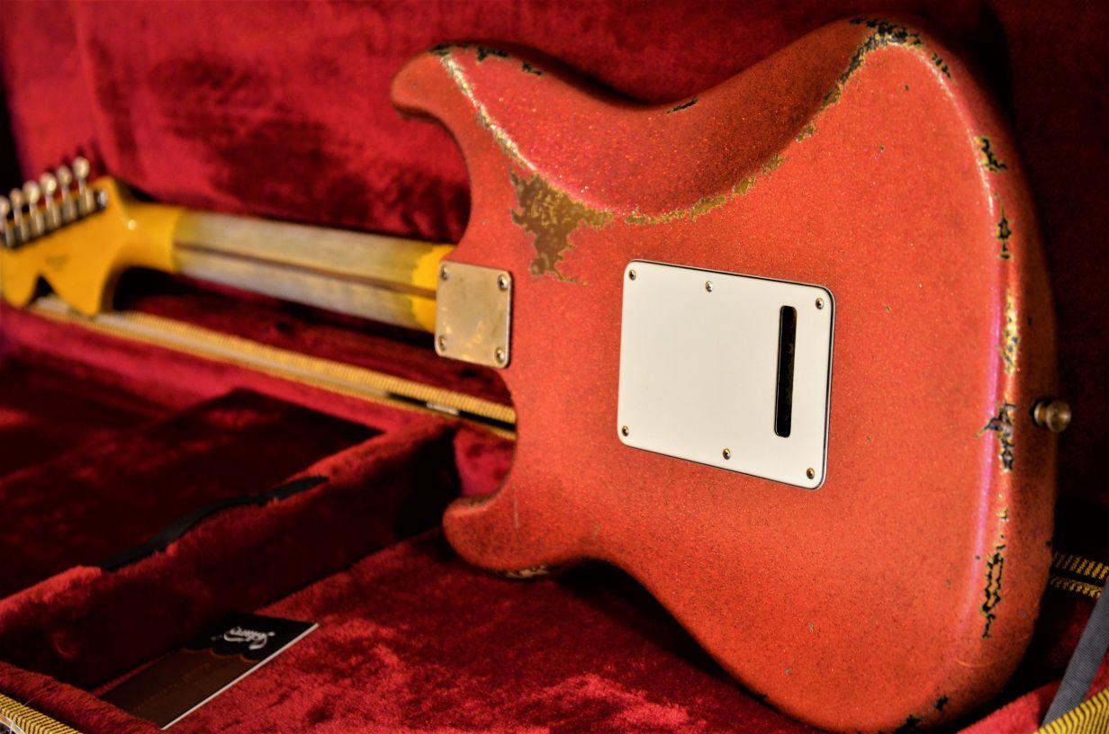 Fender Custom Stratocaster Relic Red Sparkle