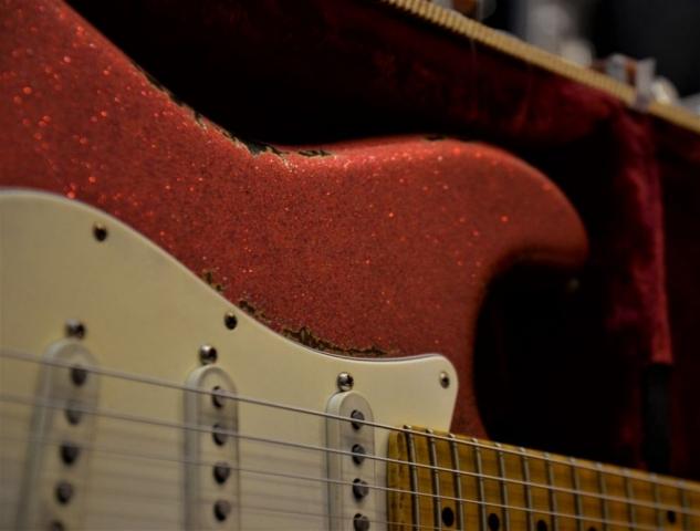Fender Custom Stratocaster Relic Red Sparkle Guitar