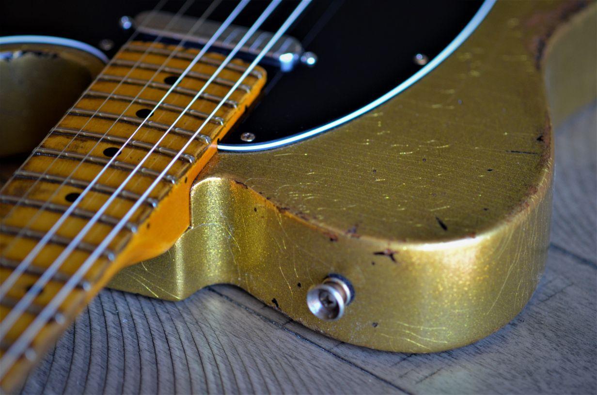 Custom Relic Telecaster Gold Sparkle