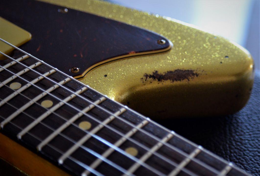 Jazzmaster Custom Aged Sparkle Relic