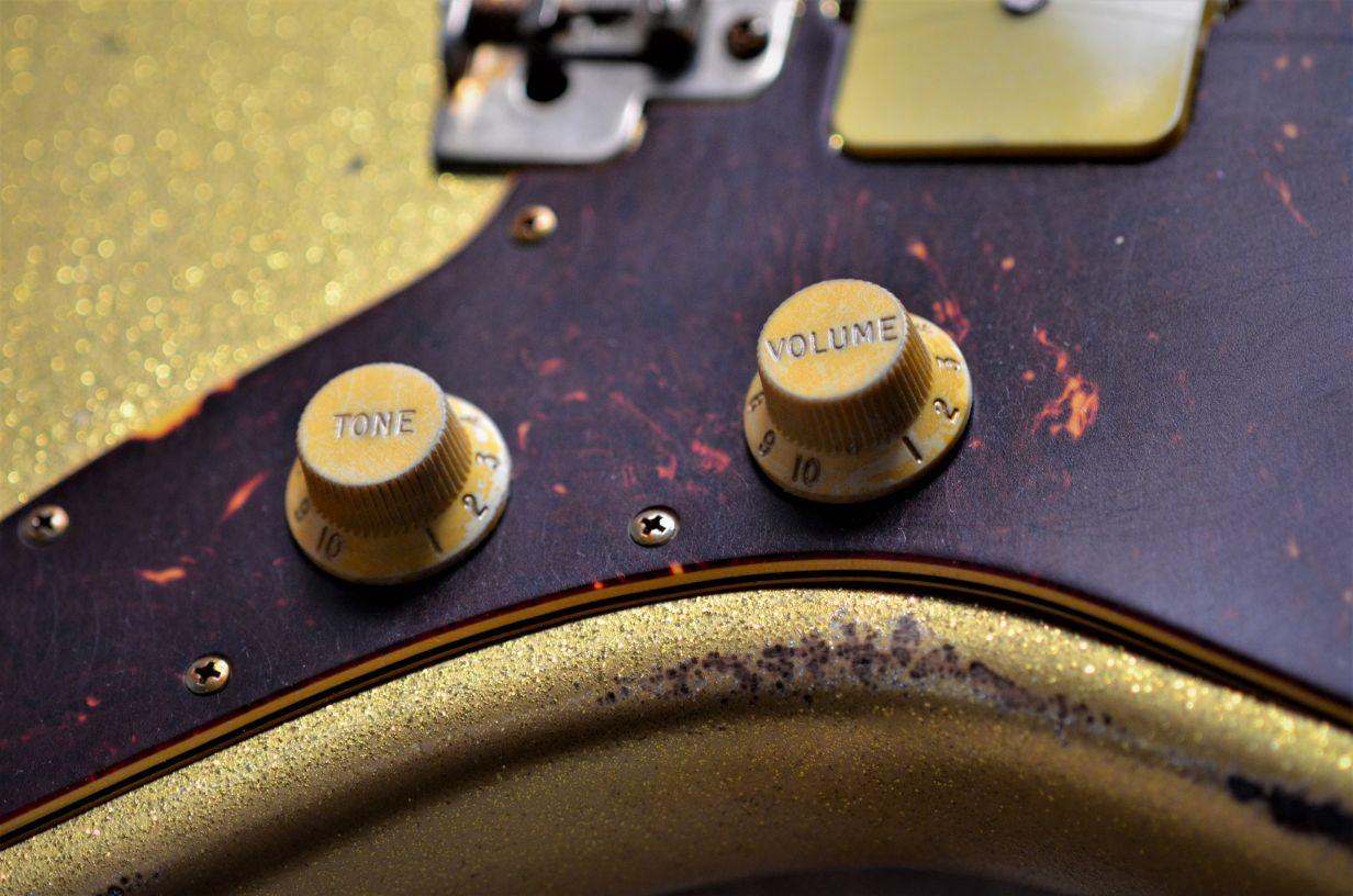 Fender Jazzmaster Custom Relic Controls