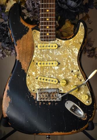 Fender Stratocaster Relic Black