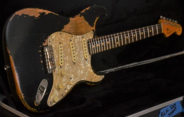 Stratocaster Heavy Relic Black