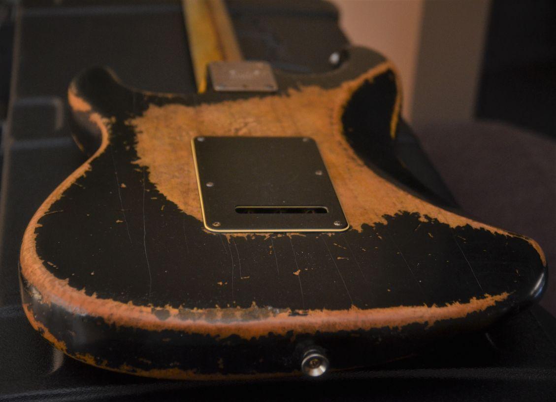Fender Stratocaster Heavy Relic Back Black
