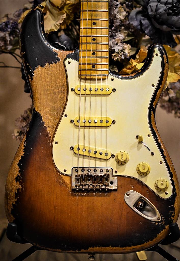 Fender Relic Strat Sunburst