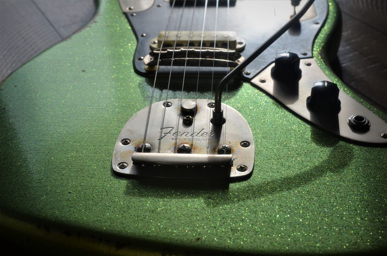 Fender Jaguar Sparkle Relic