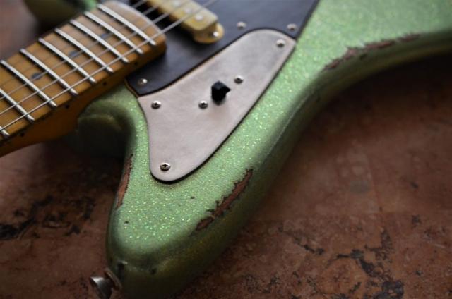 Fender Jaguar Relic Wear Vintage