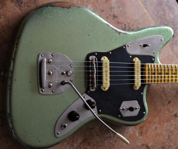 Fender Jaguar Custom Relic